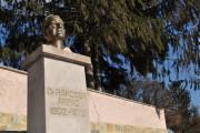 Rákossy Árpád szobra