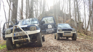 Ture offroad cu Suzuki Jimny