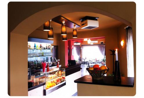 Lázár Étterem & Cafe-Bar Gyergyószentmiklós, Gasztronómia Gyergyószentmiklós