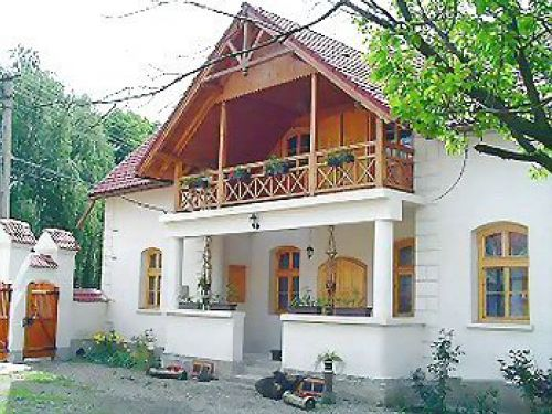 Pension Eniko Cernat